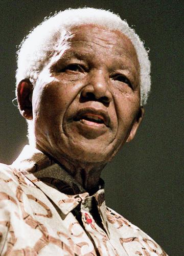 """""""Nelson Mandela chegou à solução de um conflito que muita gente considerava impossível de resolver"""""""